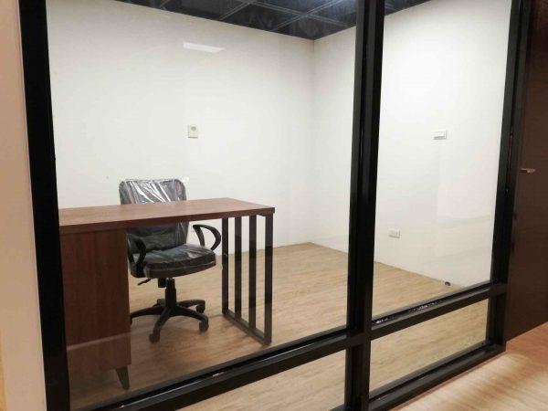 潤學共享商務中心辦公室
